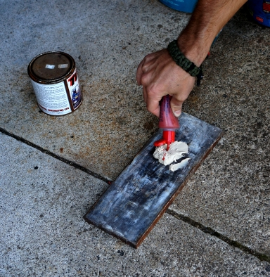 4b - Rust Repair - Adding Hardener to Filler