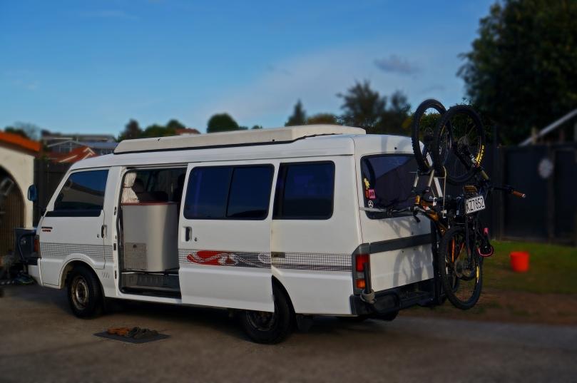 6 - Van Reno Complete