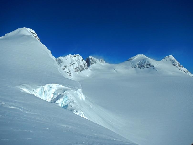 Icefall Traverse - Lyell Peaks