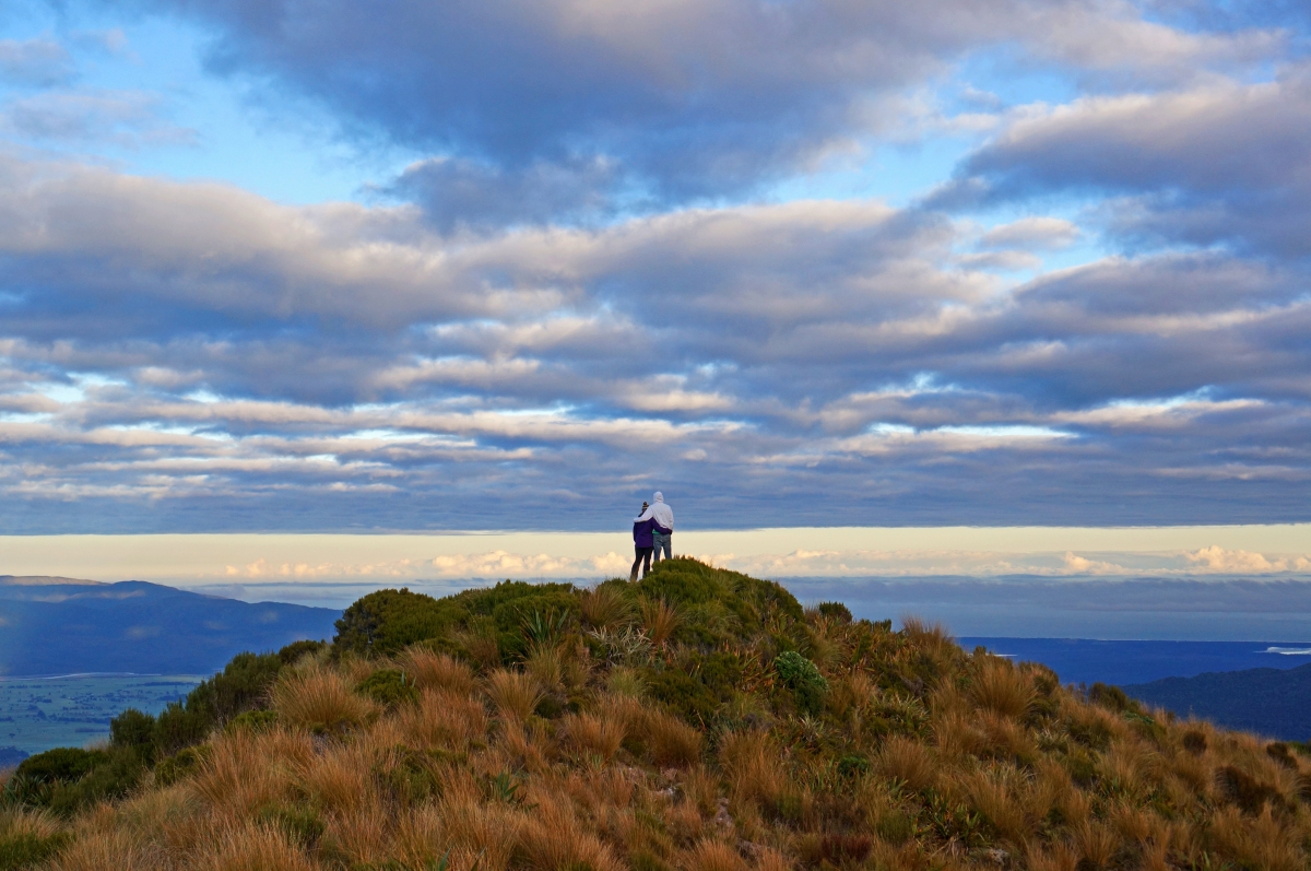 New Zealand: Tramping with the Manitobians